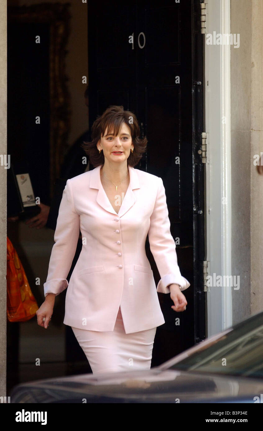 Cherie Blair leaves No 10 Downing Street July 2003 - Stock Image