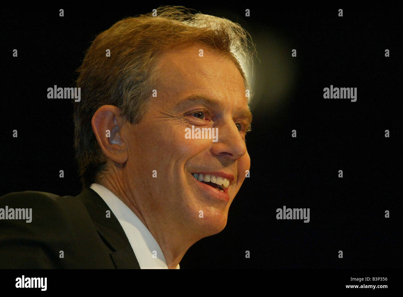 Tony Blair giving keynote speech at the Labour Party Conference in Bournemouth September 2003 - Stock Image