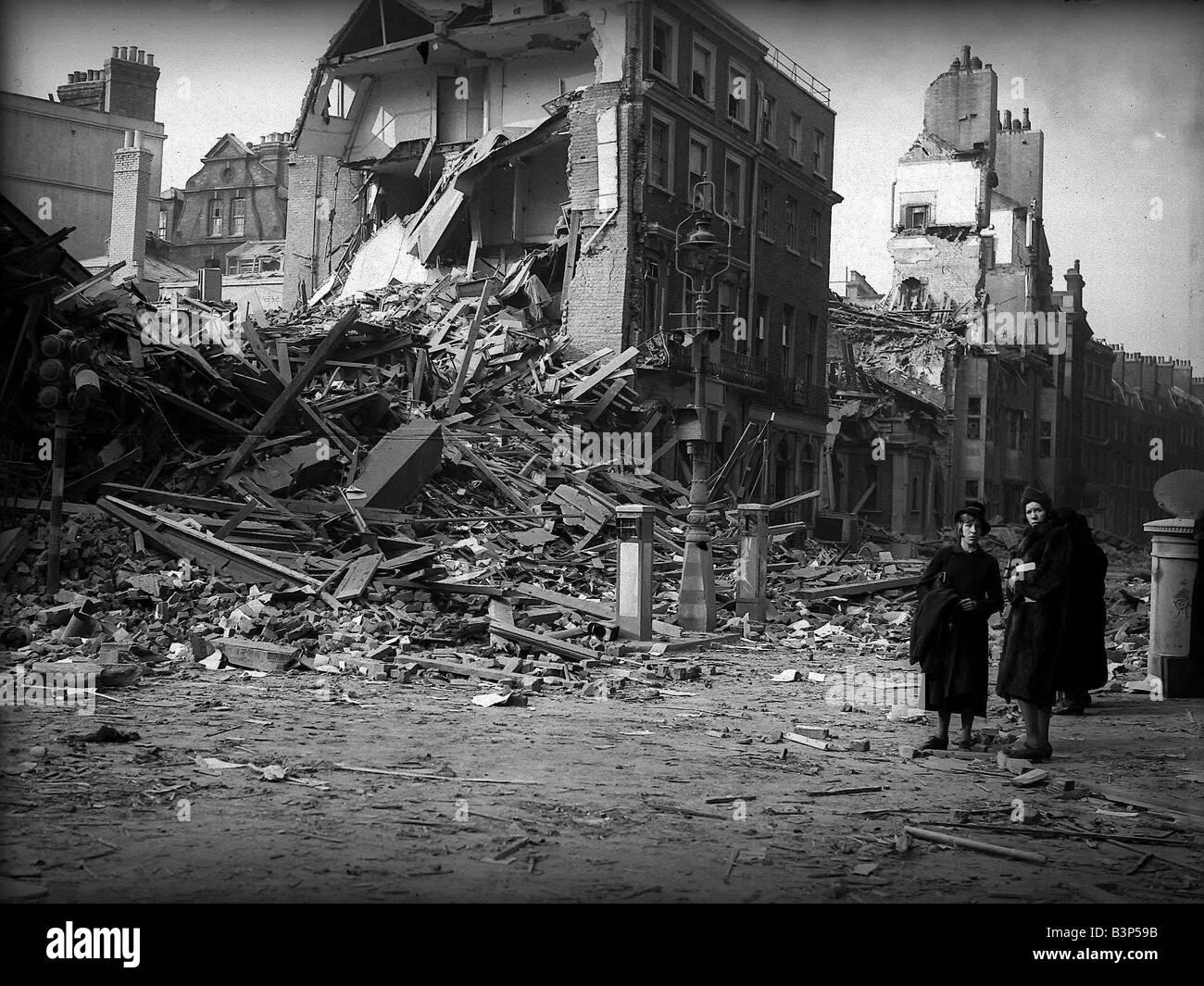 Bomb damaged London during WW2 - Stock Image