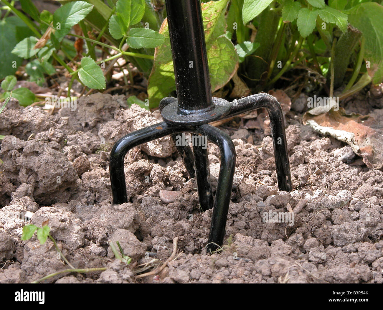 Hand Cultivator Garden Tool For Loosening U0026 Aerating The Soil, Dislodging  Weeds