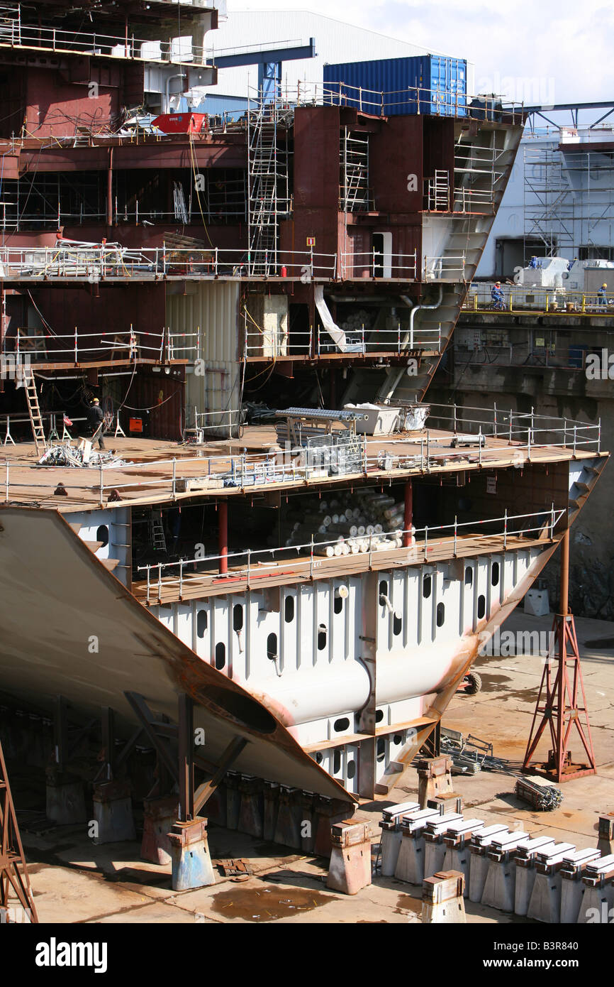 Oasis of the seas, a cruiseship under construction at Aker Yards shipyard in Finland. - Stock Image