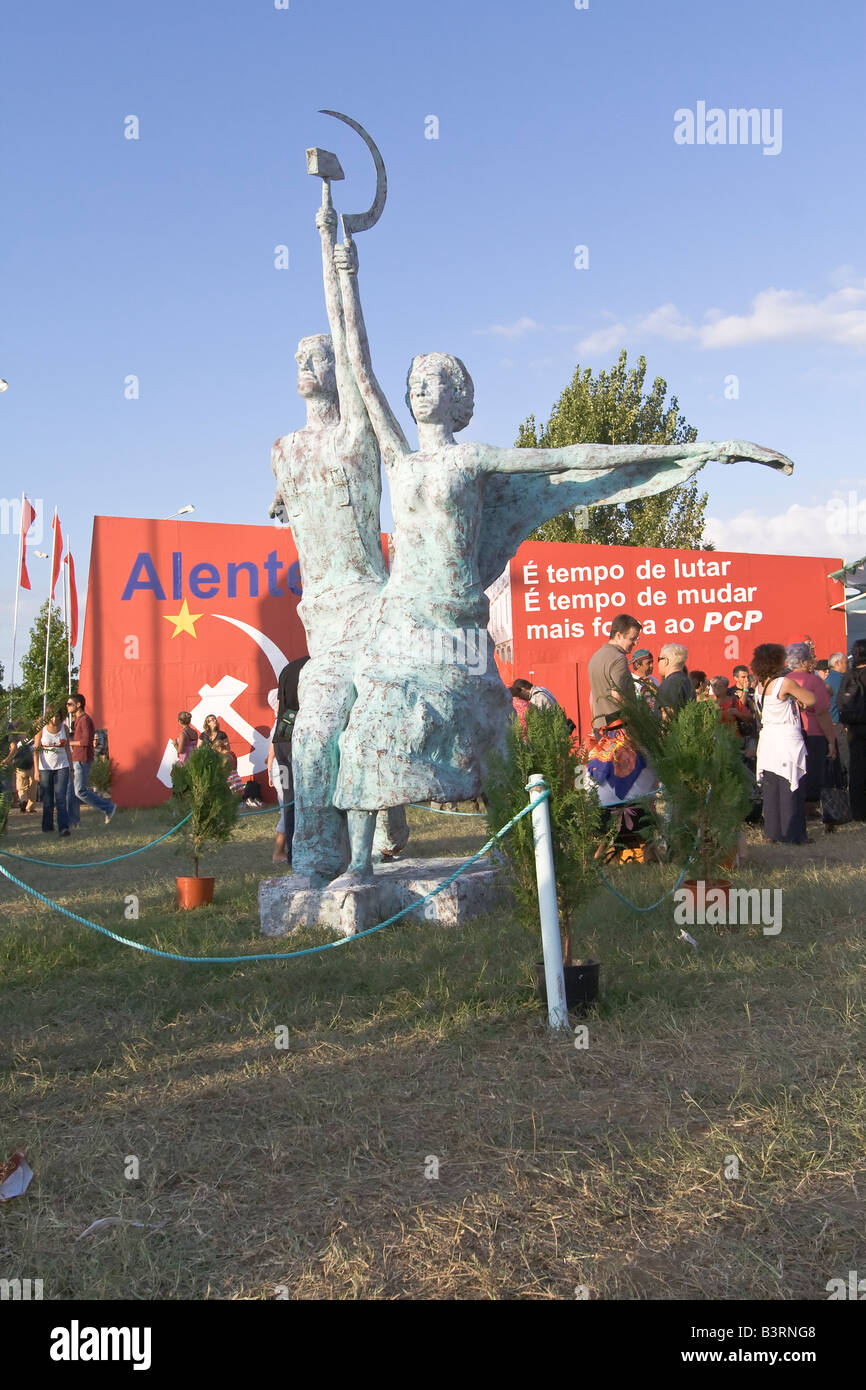 Replica of the famous Worker and Kolkhoz Woman statue in Festa do Avante. PLEASE REFER TO DESCRIPTION FIELD FOR - Stock Image