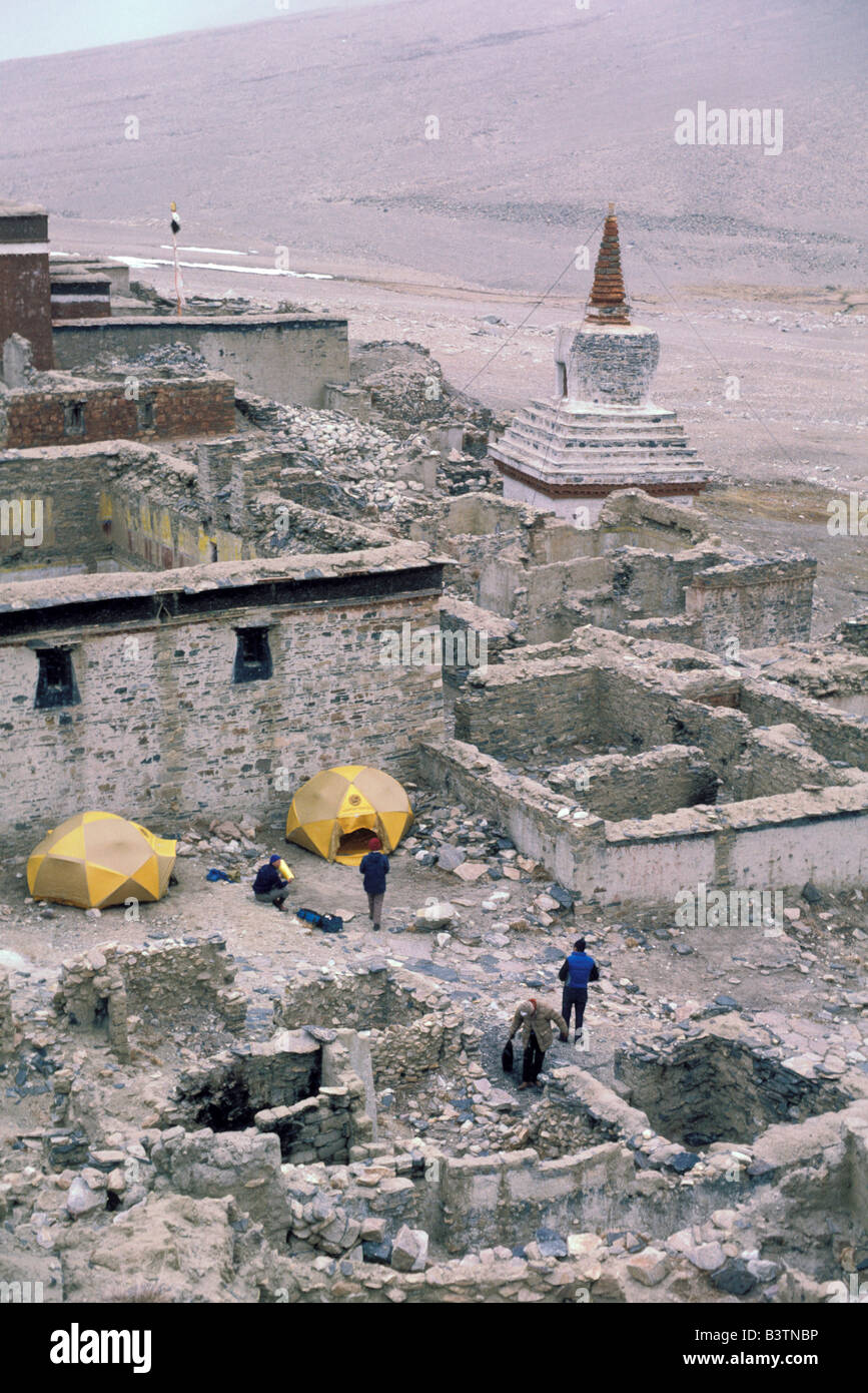 Tibet, Shigatse. Rongbuk Monastery, Camping. - Stock Image