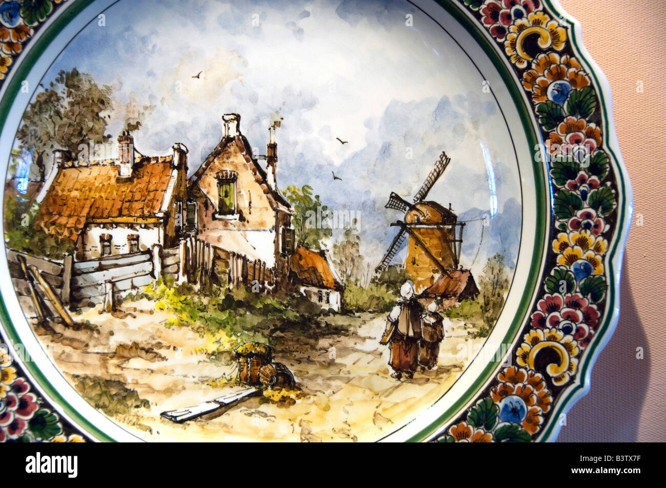Europe, The Netherlands (aka Holland), Delft. Royal Delft Factory since 1653. Delft pottery store. - Stock Image