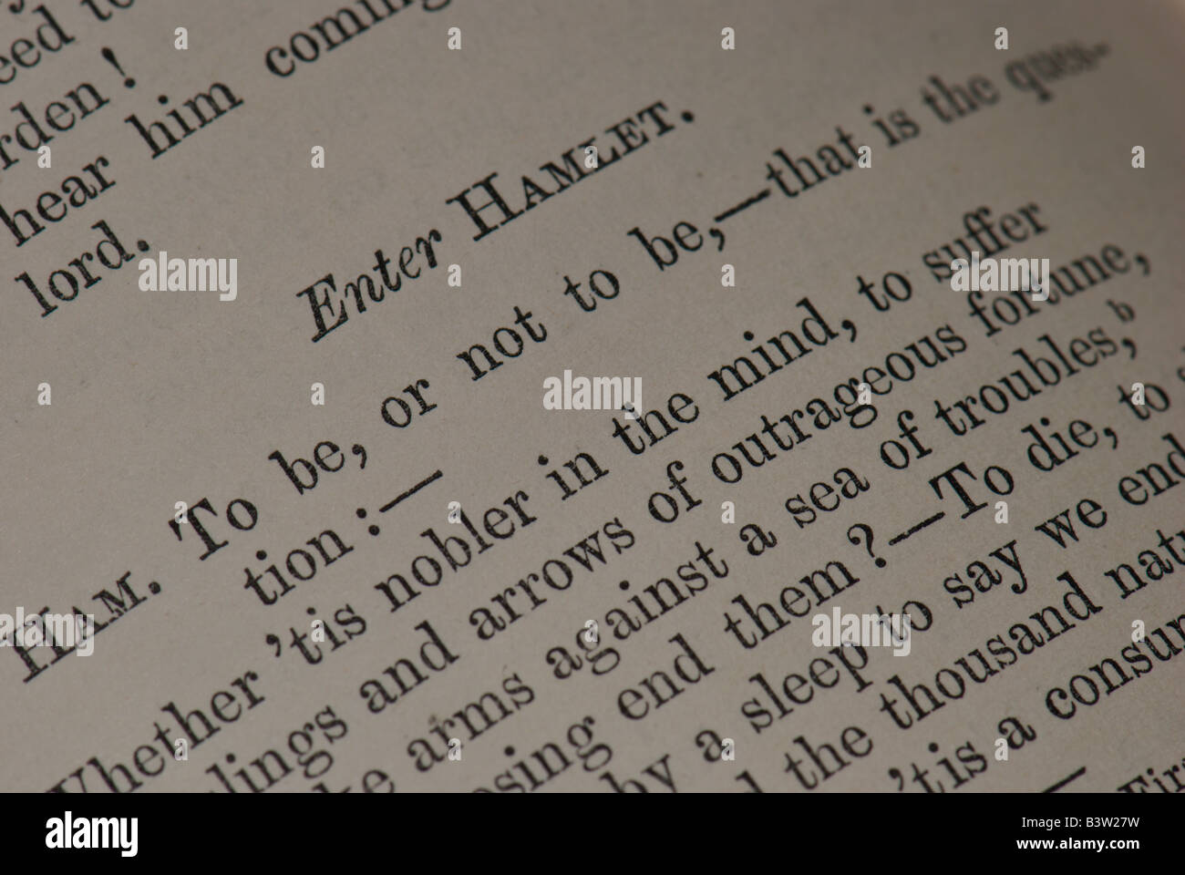 'To be or not to be' quote from Hamlet, in antique edition of Shakespeare's works - Stock Image