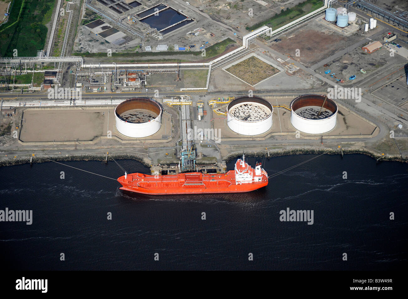 Oil tanker unloading on the River Tees, from the air, Teeside, Northern England - Stock Image