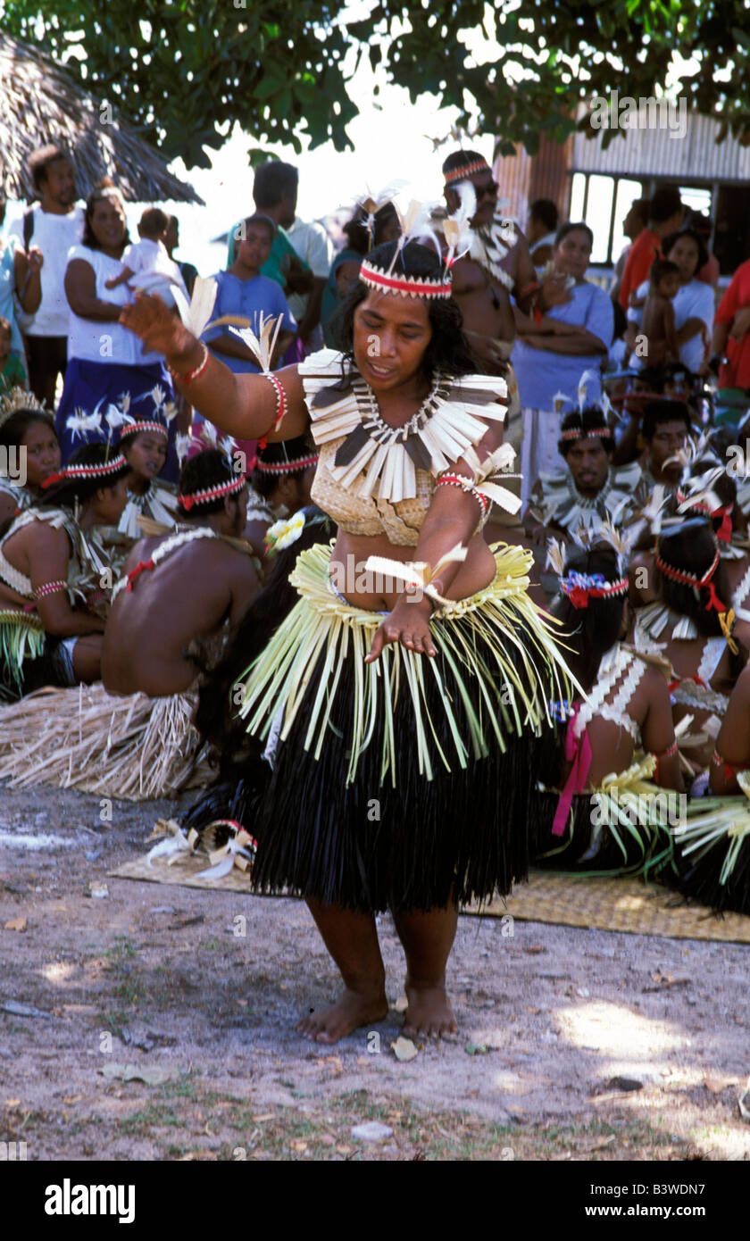 Oceania, Fanning Island, Kiribati. Woman resident doing tradtional dance. - Stock Image