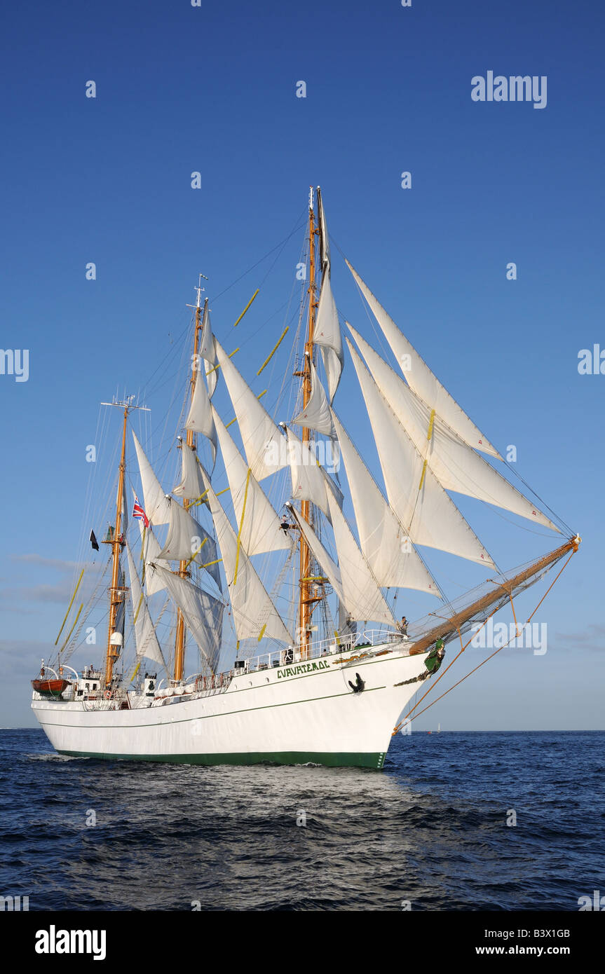 Cuauhtémoc and the Sedov at The start of the falmouth to portugal tall ships race - Stock Image