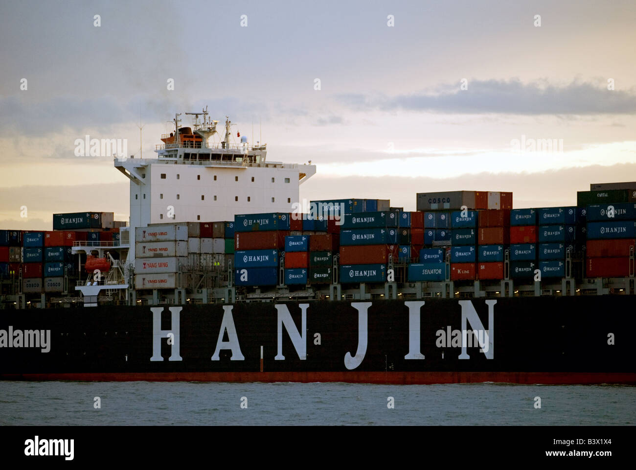 Hanjin Shenzhen container ship, the 75,000 ton vessel was built in 2008 by Hyundai, seen here arriving in Felixstowe Stock Photo