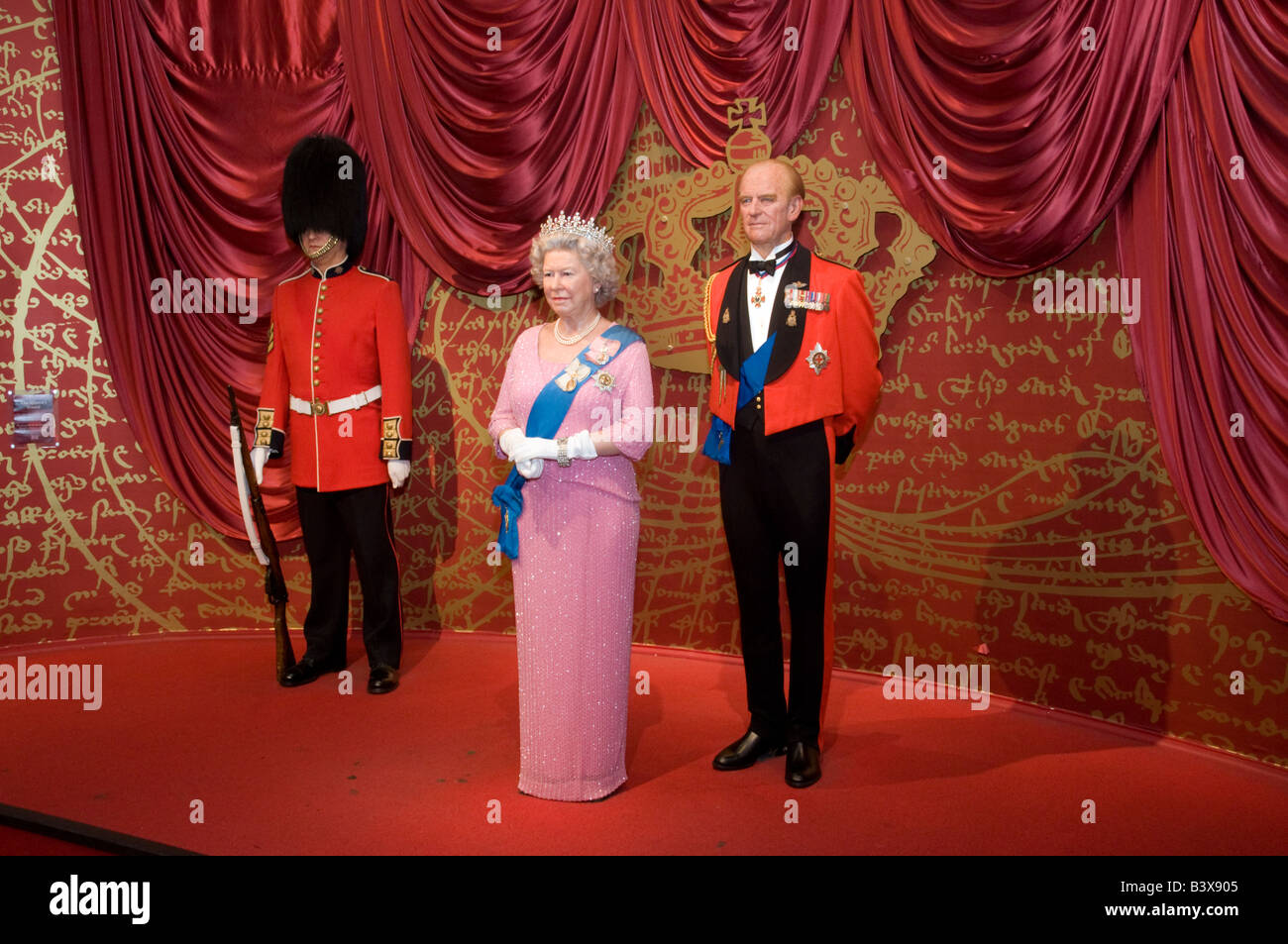 Waxwork models of the Queen and Prince Phillip at Madame Tussauds London England UK - Stock Image