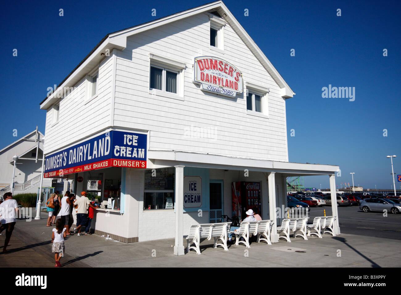 ocean city maryland boardwalk stock photos  amp  ocean city maryland boardwalk stock images alamy