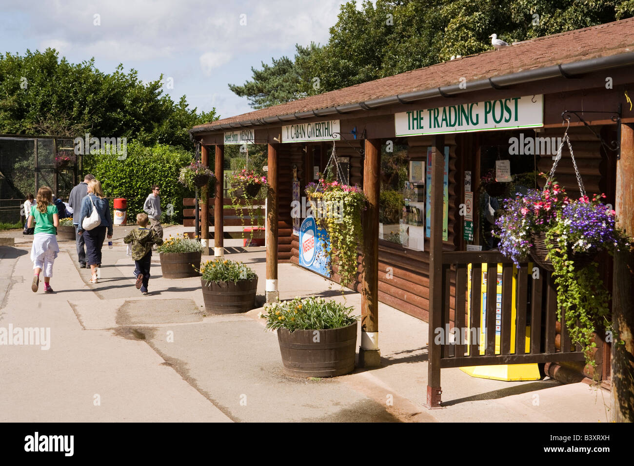 UK Wales Clwyd Colwyn Bay Welsh Mountain Zoo tourist shops - Stock Image