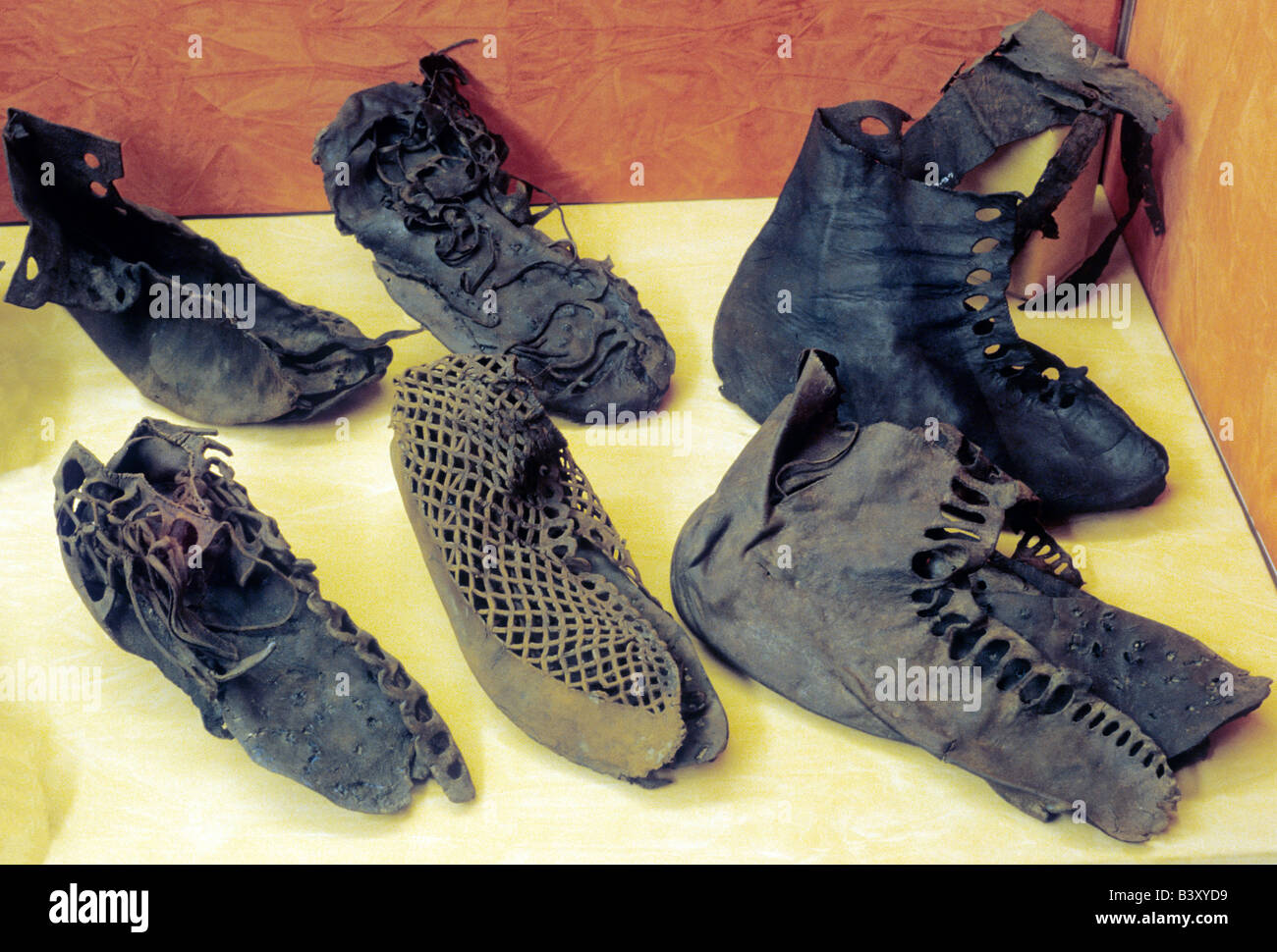 Vindolanda museum display Roman leather footwear shoes archaeology archaeological artifacts finds Northumberland - Stock Image