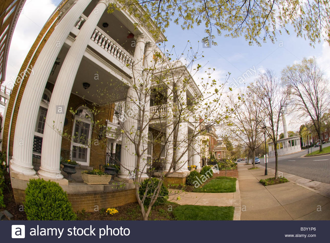 Historic houses usa street stock photos historic houses usa street stock images alamy Olive garden colonial heights virginia