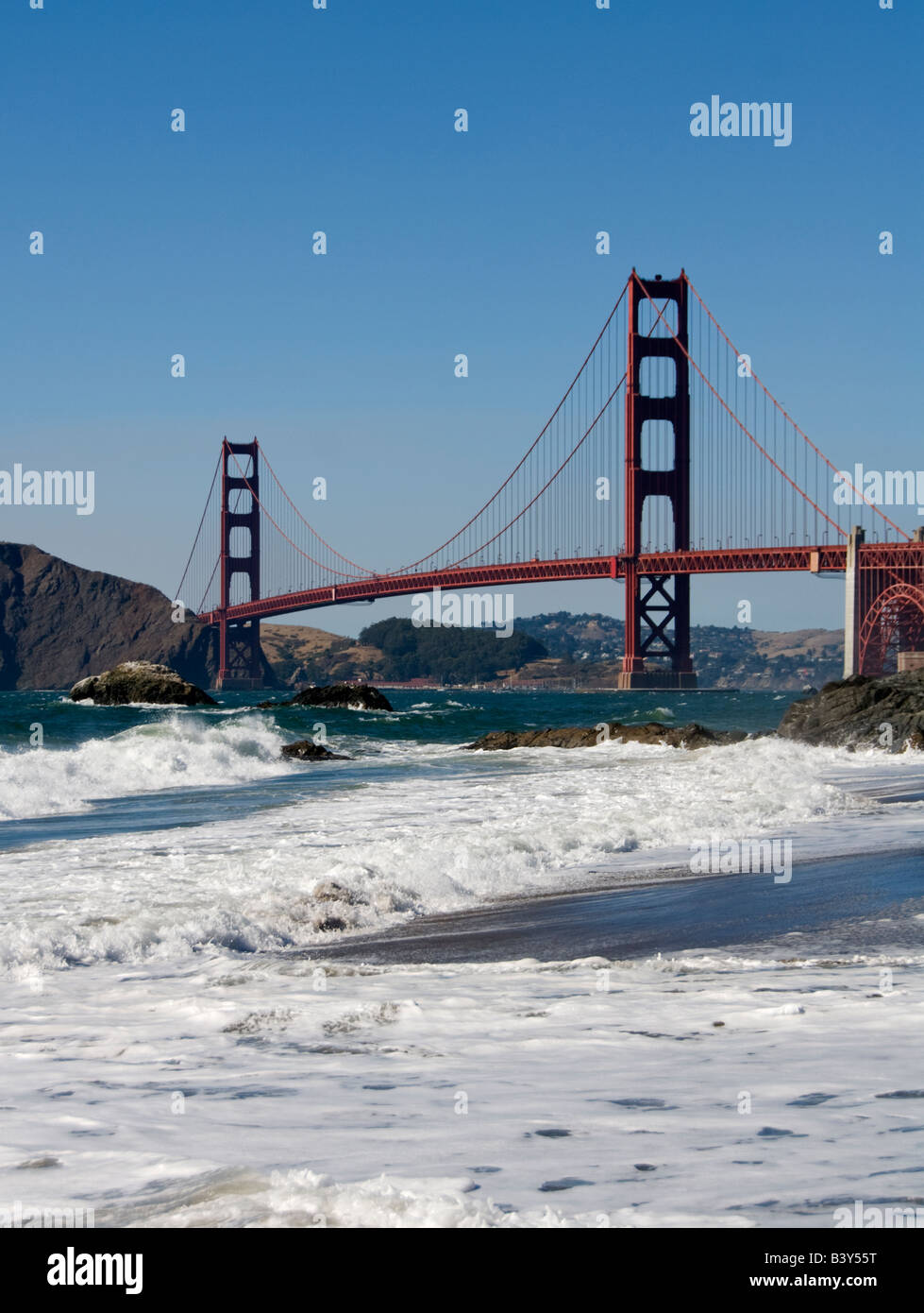 California San Francisco Golden Gate Bridge from Baker Beach Photo 2 casanf83397 Photo Lee Foster 2008 - Stock Image