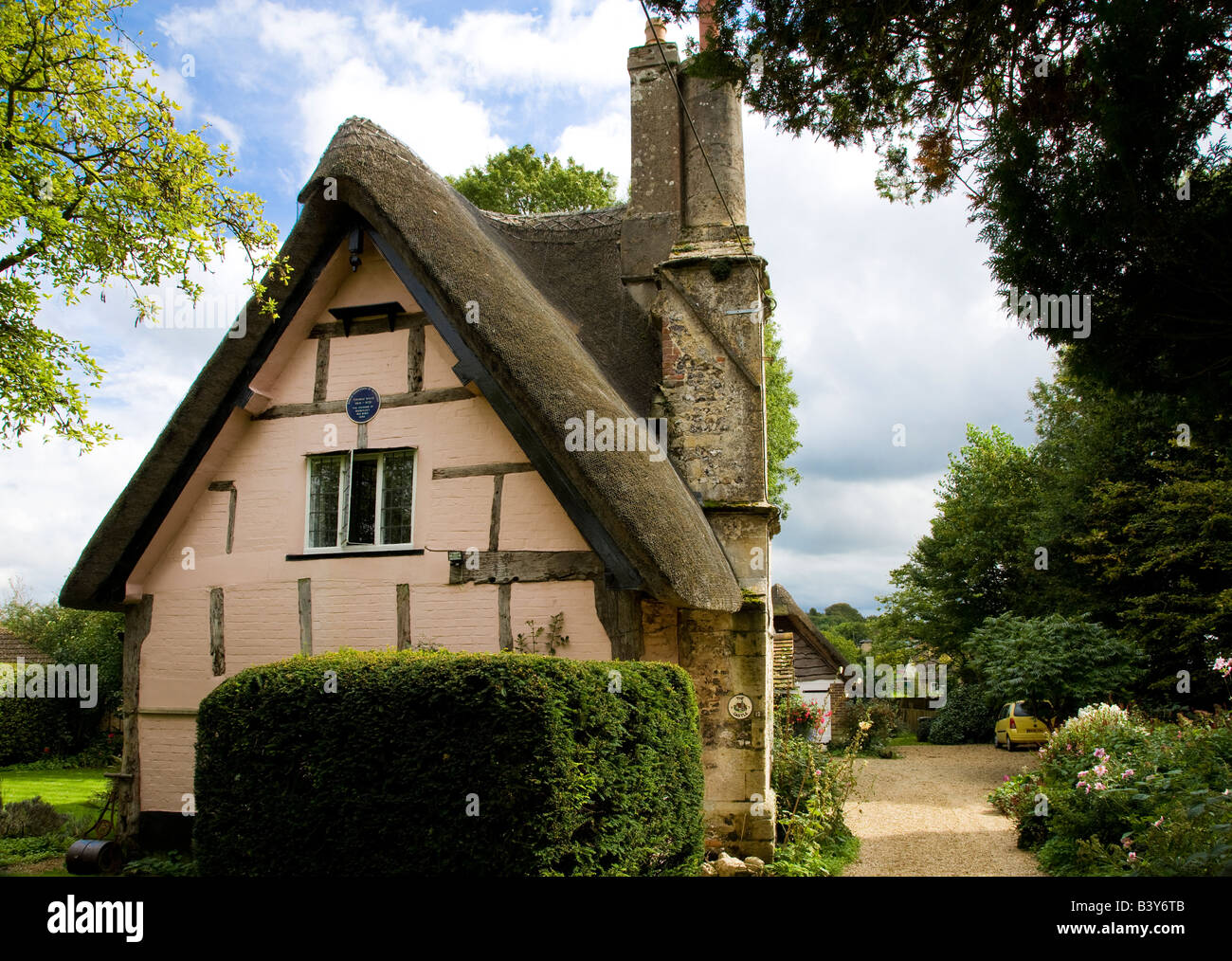 Castle Cottage in Great Bedwyn,Wiltshire,England,Great Britain,UK, birthplace of Dr Thomas Willis the founder of - Stock Image