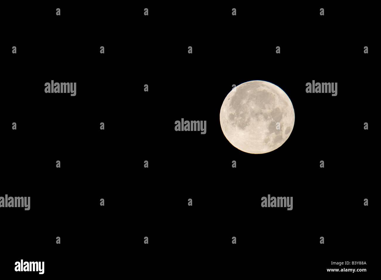 Moon set over the Olympic Mountains Olympic National Park Washington - Stock Image
