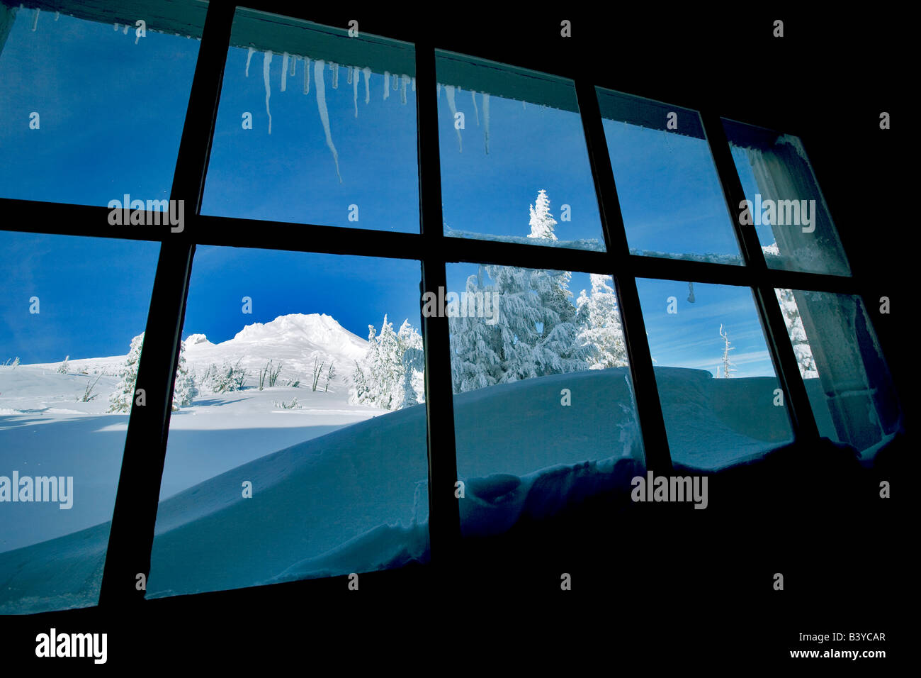 View out window of Timberline Lodge with Mt Hood Oregon - Stock Image