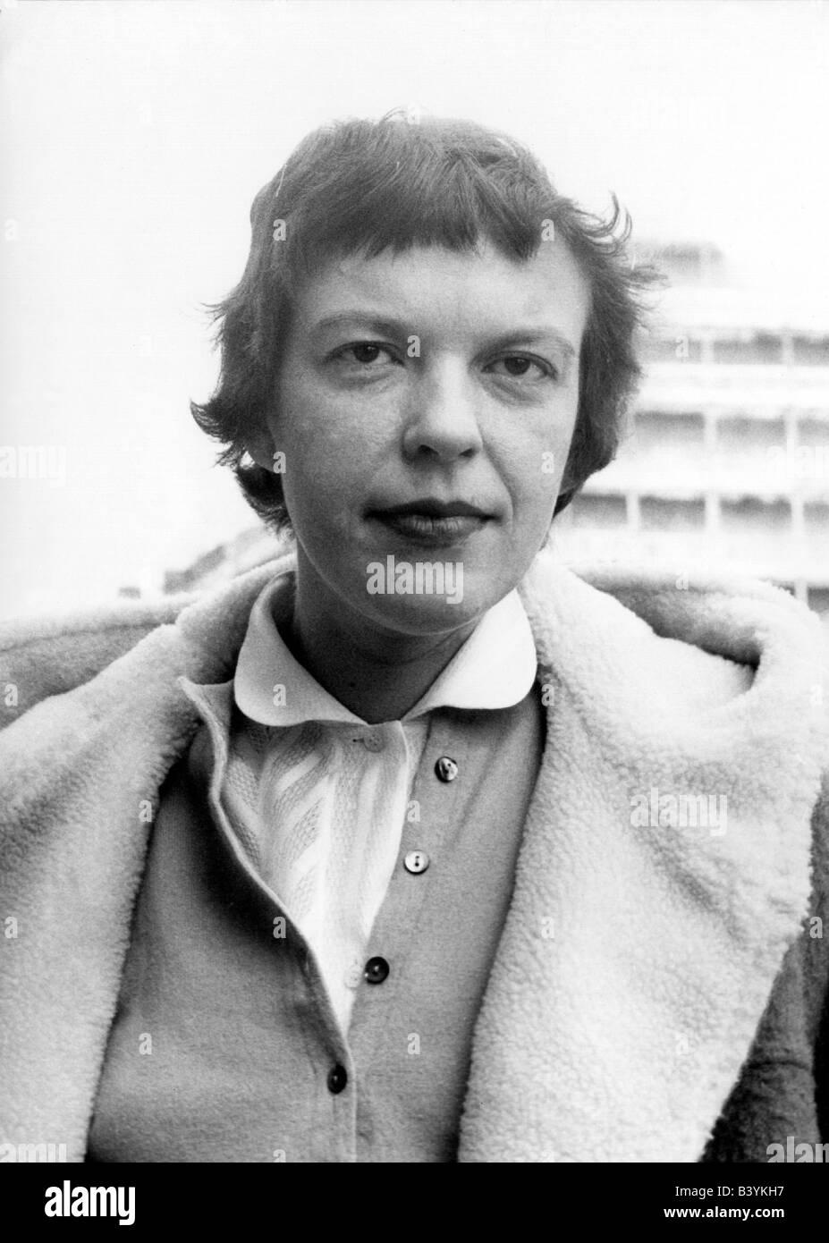 Ingeborg Bachmann an die sonne interpretation