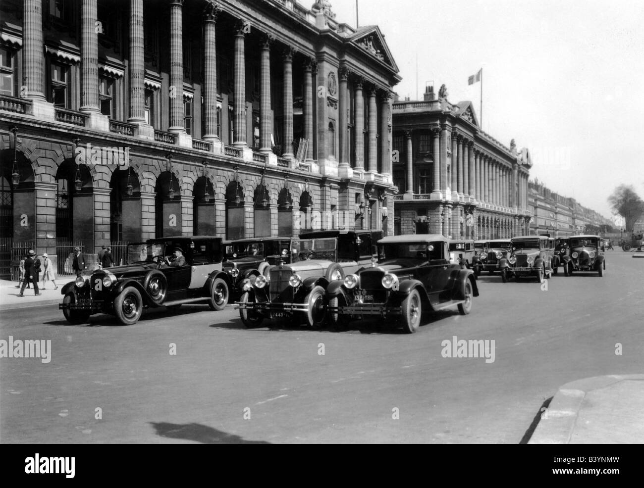 travel / geography, France, Paris, squares, Place de la Concorde, with Hotel Brillond and naval ministry, 1930s, - Stock Image