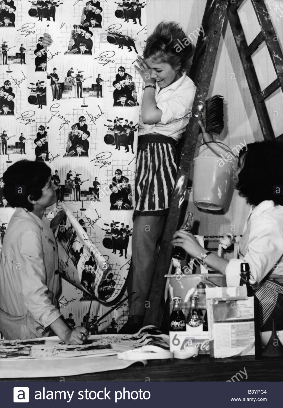 People Teenager Girls Are Wallpapering With Beatles Wallpaper 1964 Additional Rights