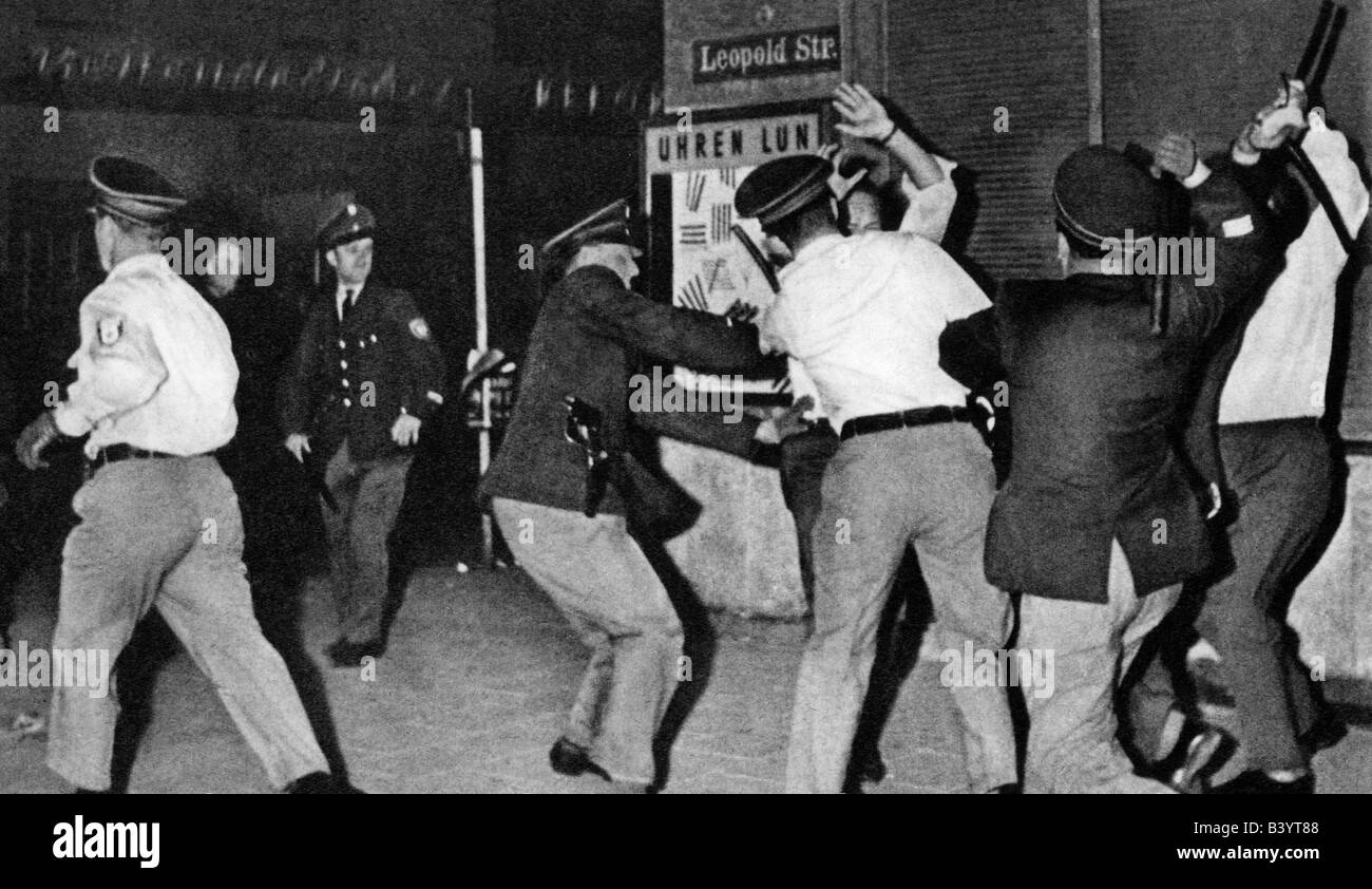 geography / travel, Germany, politics, demonstrations, 'Schwabing Riots', policemen beating demonstrator, - Stock Image