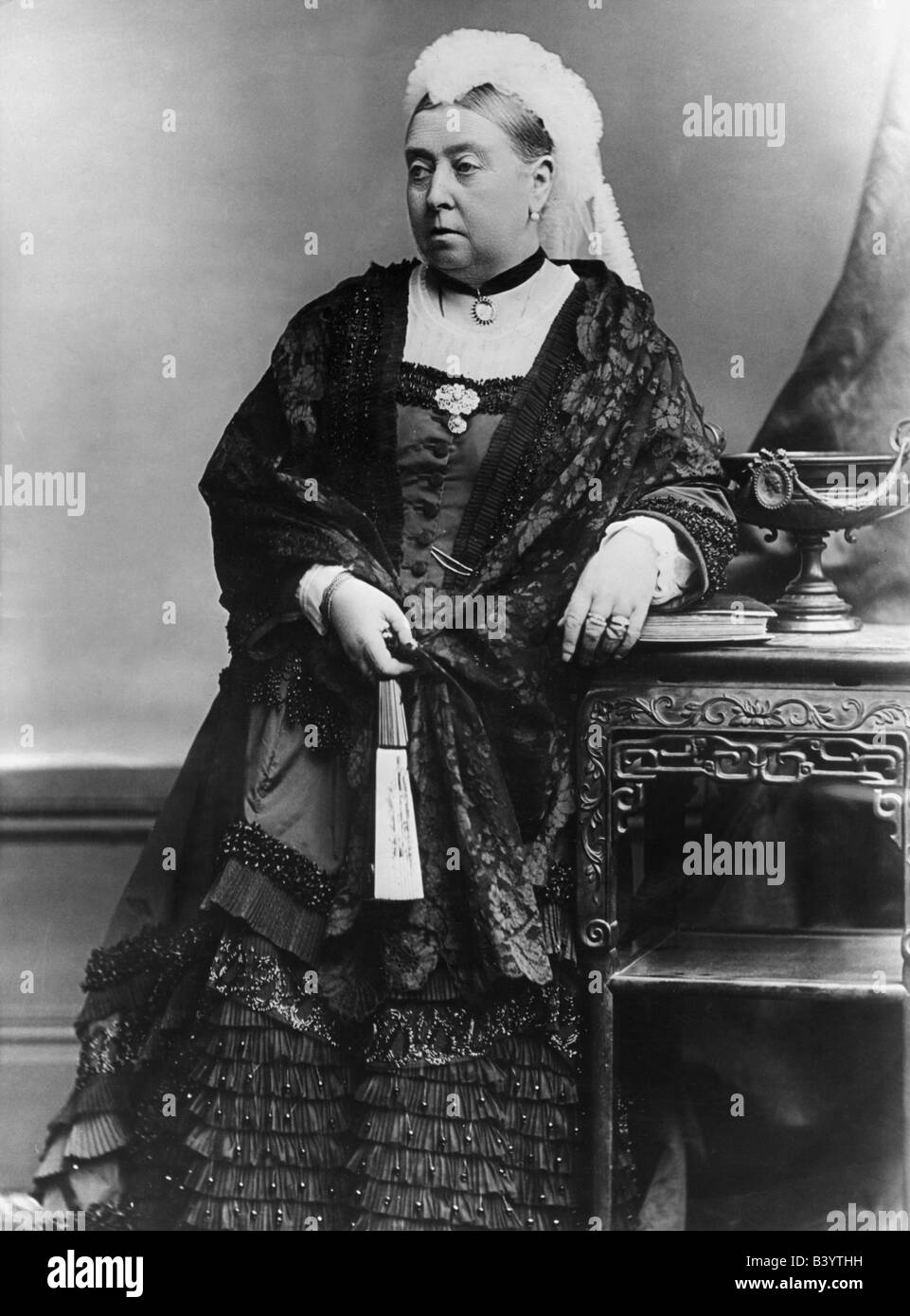 Victoria I, 24.5.1819 - 22.1.1901, Queen of Great Britain and Ireland 1837 - 1901, half length, circa 1890, Additional - Stock Image