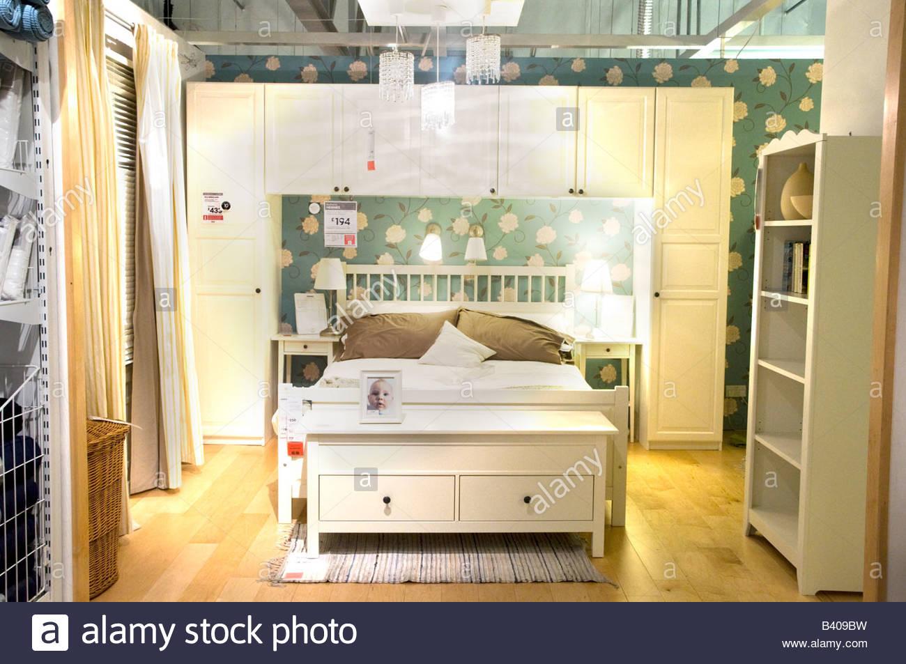 tottenham bedroom. Black Bedroom Furniture Sets. Home Design Ideas