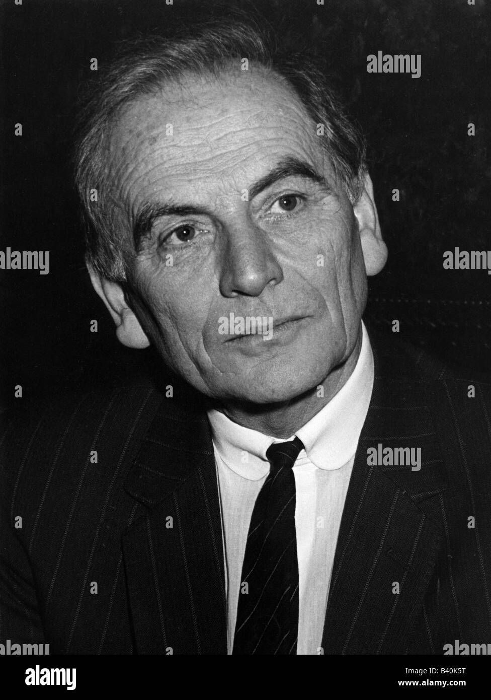 Cardin, Pierre  * 7.7.1922, French fashion designer, portrait, Munich, April 1982, , Additional-Rights-Clearances - Stock Image