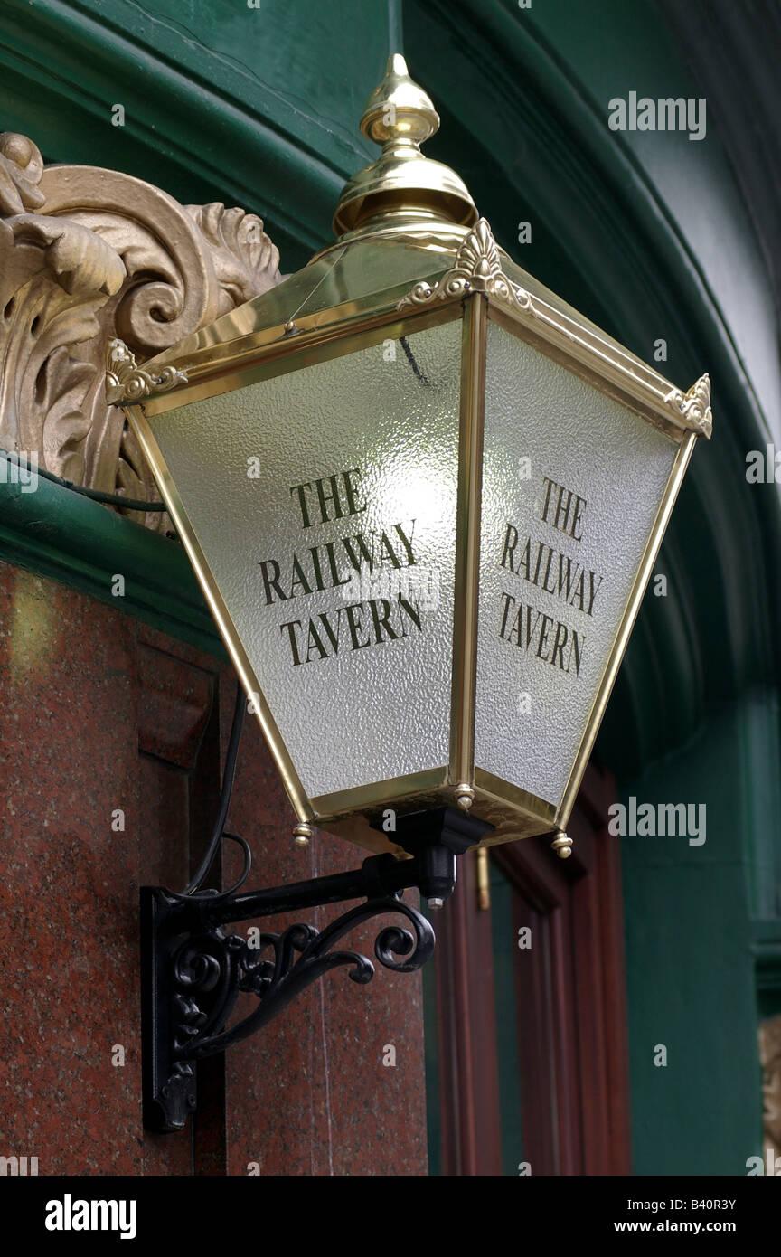 The Railway Tavern pub inn light - Stock Image