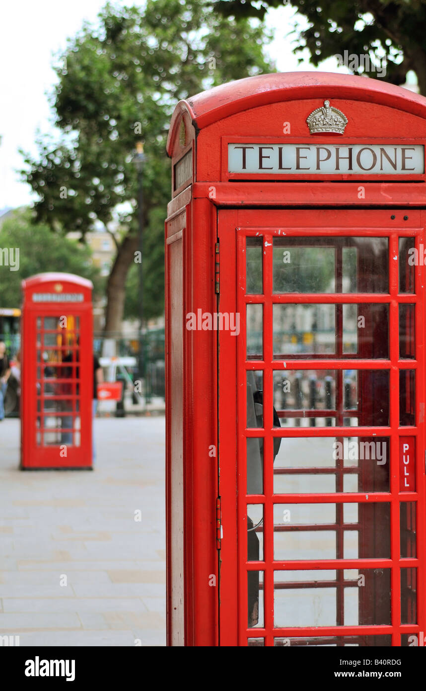 Red telephone boxes, London, England - Stock Image