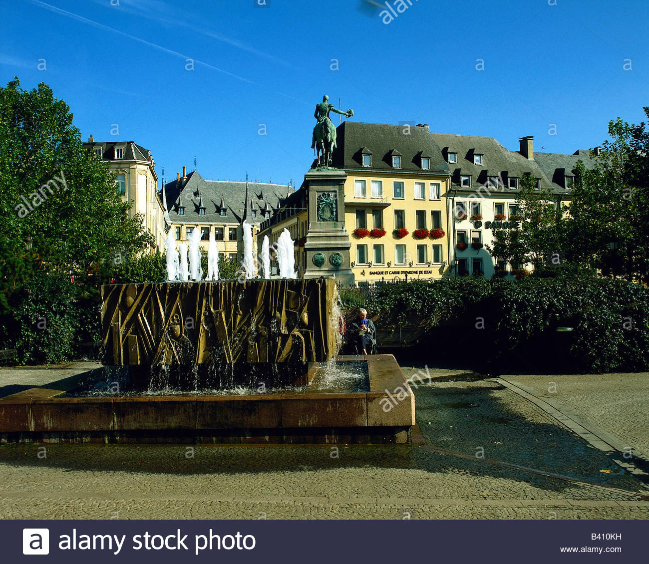 Luxembourg City Tour: Luxembourg Place Guillaume Ii Stock Photos & Luxembourg