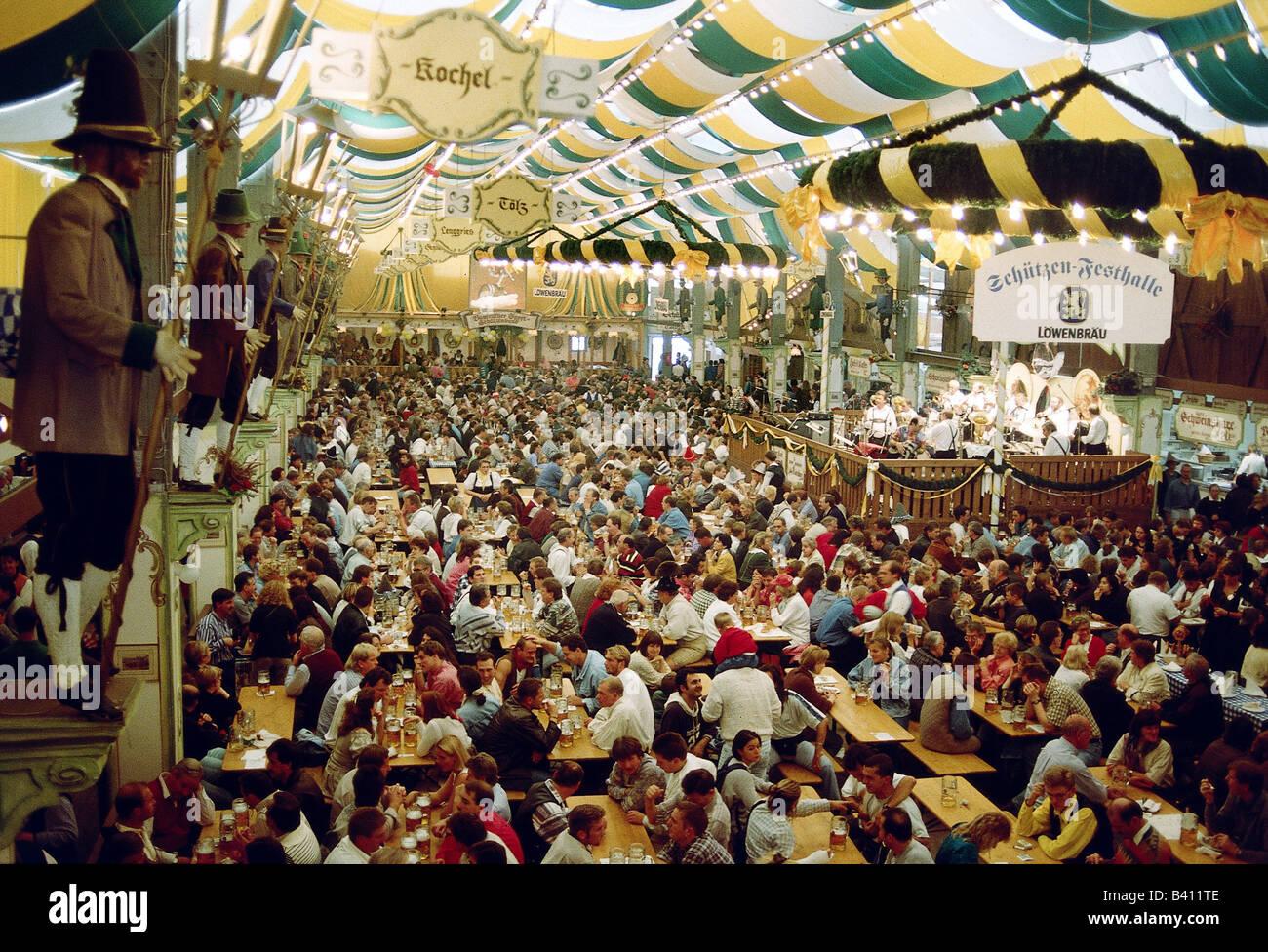 geography / travel, Germany, Bavaria, Munich, Oktoberfest, beer tent, Loewenbraeu, Schuetzen Festhalle, interior Stock Photo