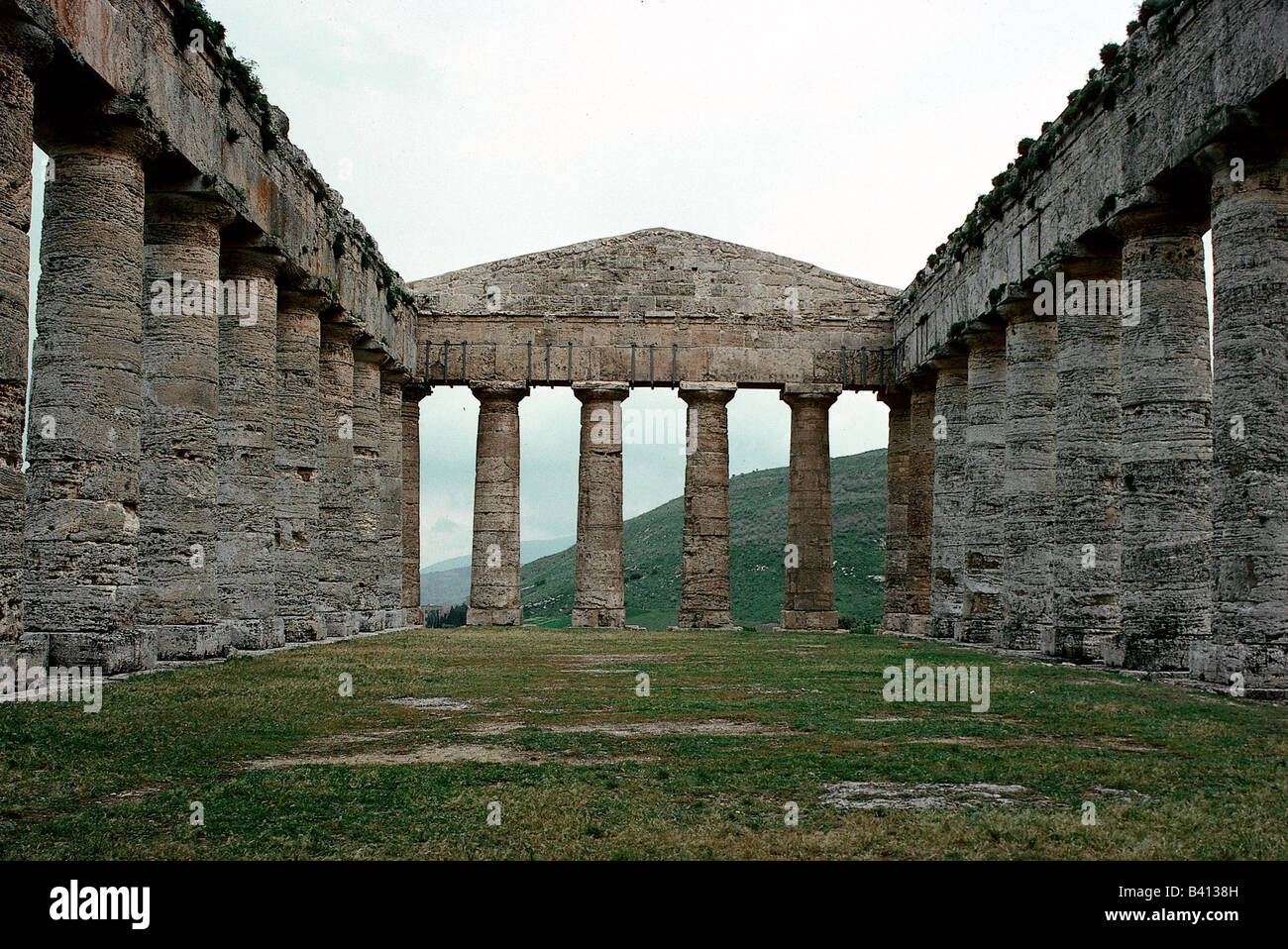 geography / travel, Italy, Sicily, Segesta (Egesta), Greek colony, founded 7th or 6th century BC, doric temple, Stock Photo