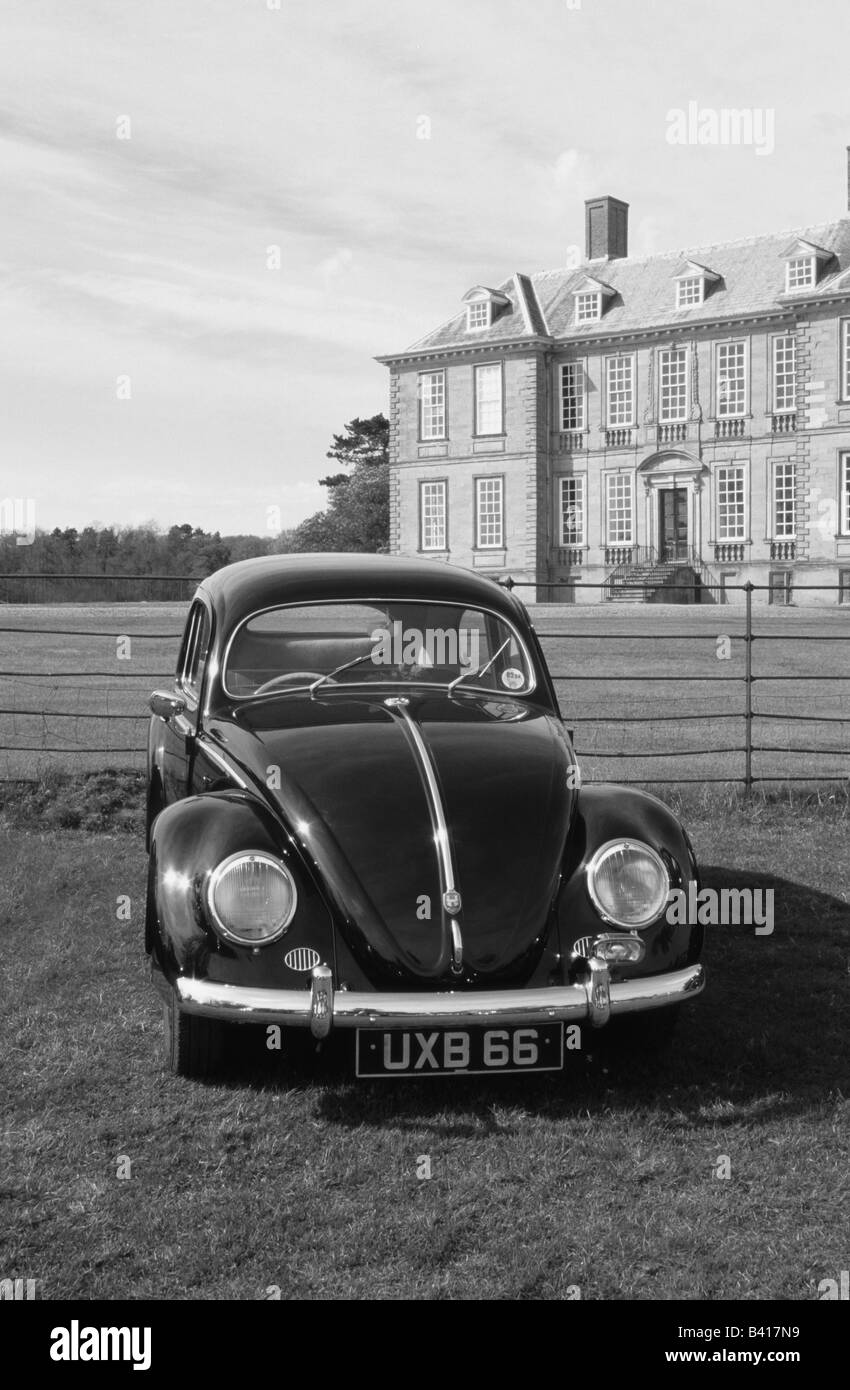 Volkswagen Beetle. car auto classic cool iconic - Stock Image
