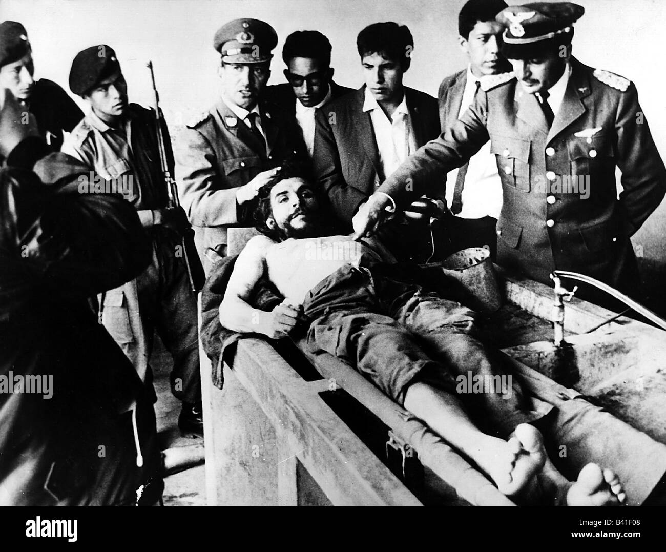 "Guevara Serna, Ernesto ""Che"", 14.5.1928 - 9.10.1967, Argentinian revolutionary, his dead body, hospital, Bolivia,Stock Photo"