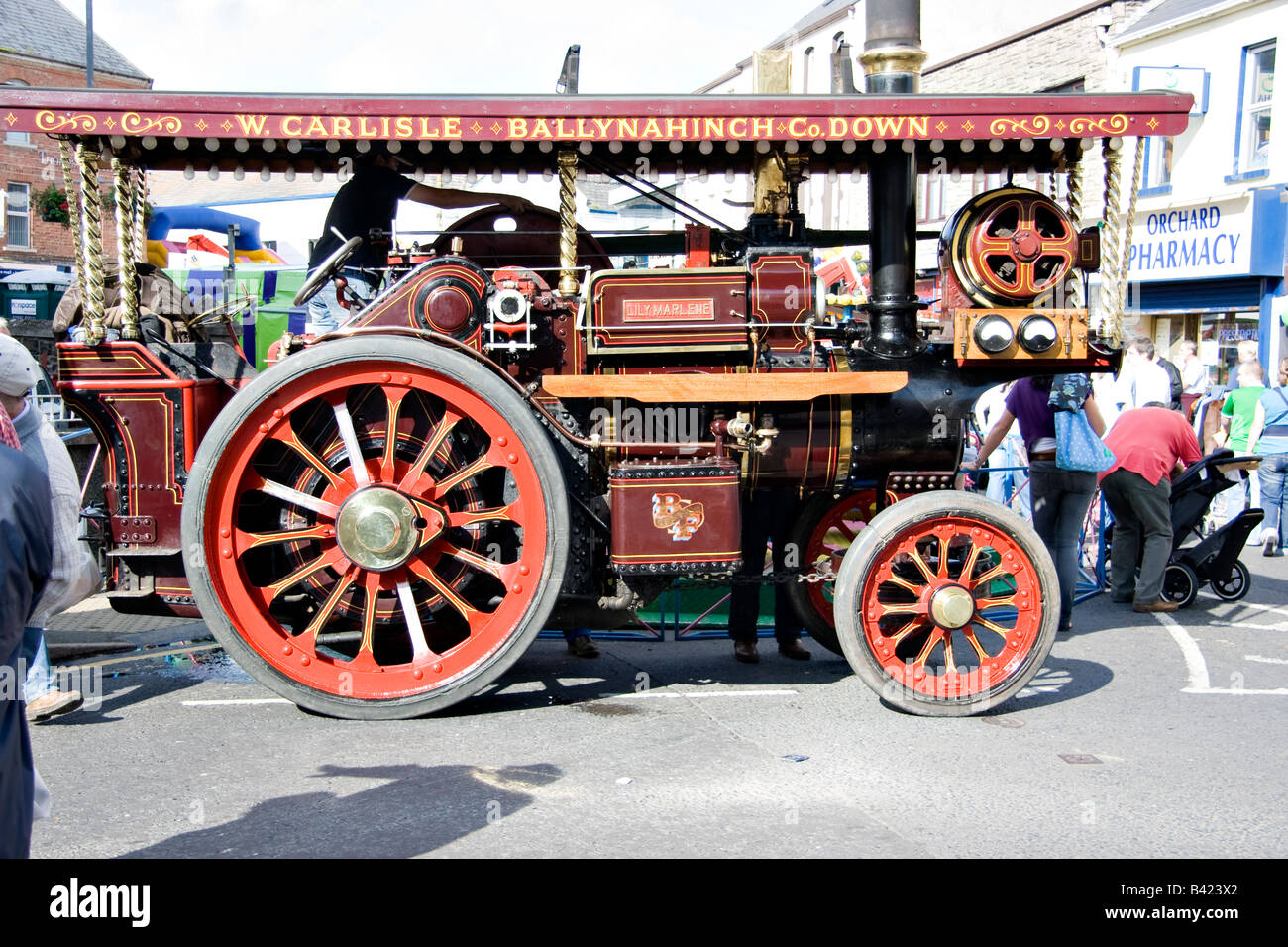 The 'Lily Marlene' showmans steam traction engine at a town fair - Stock Image