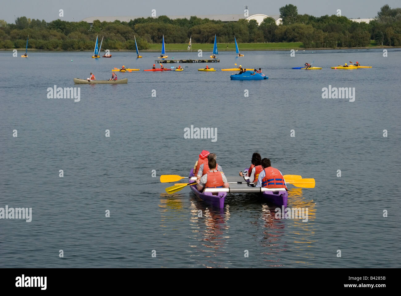 Various watersports on Willen Lake Milton Keynes on a sunny summer afternoon - Stock Image