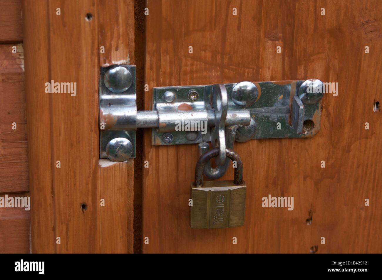 Bolt Lock Garden Door Stock Photos \u0026 Bolt Lock Garden Door