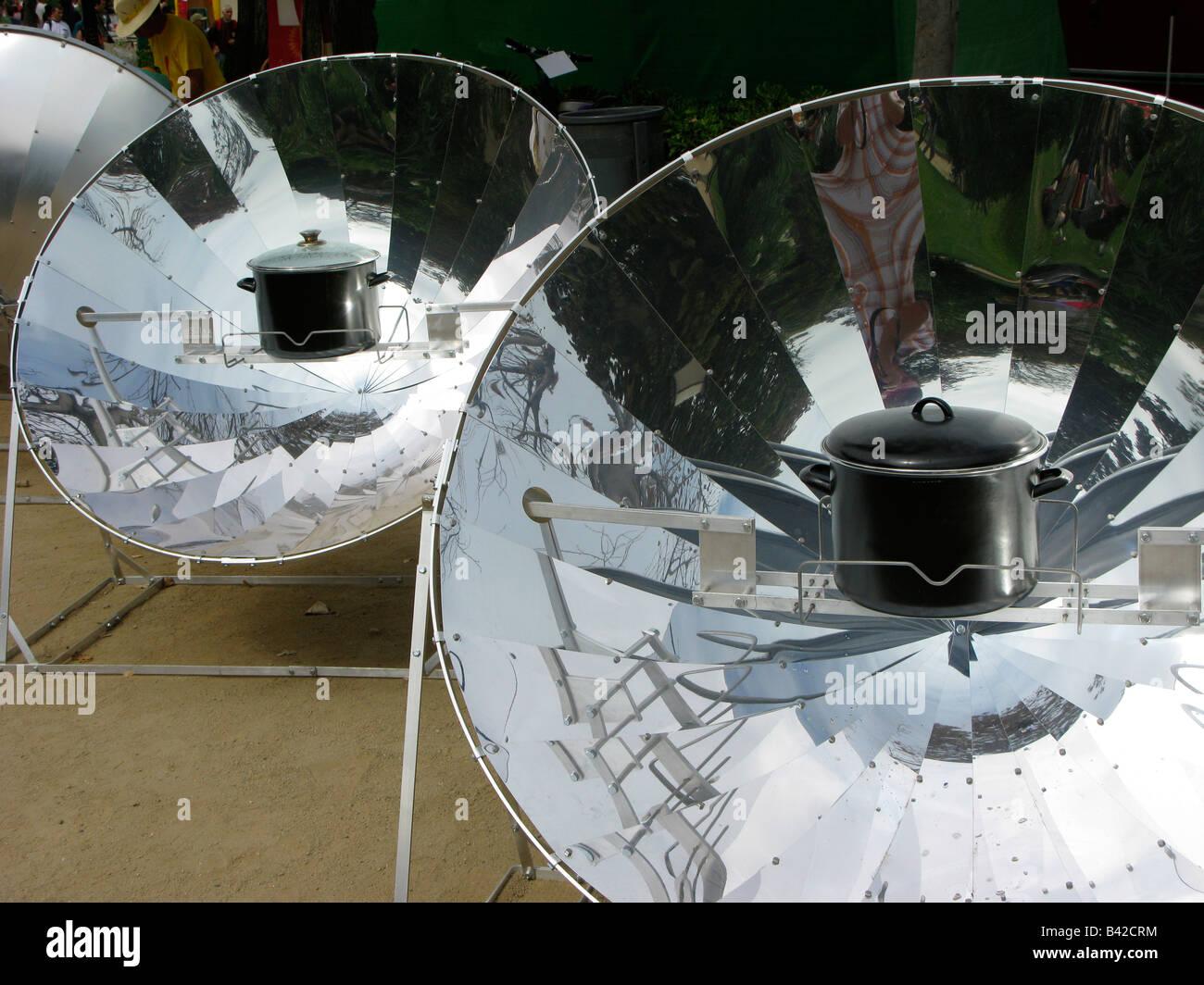 reflector 'solar power' - Stock Image