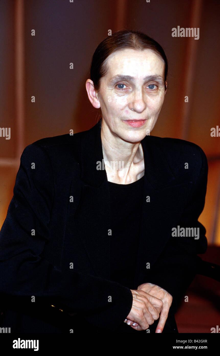 Bausch, Pina, (Philippine), 27.7.1940 - 30.6.2009, German dancer, choreographer, half length, 1998, , Additional - Stock Image