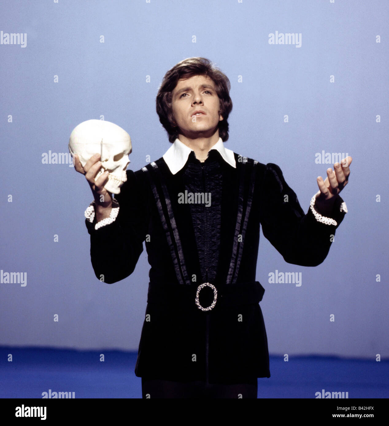 Schanze, Michael, * 15.1.1947, German moderator and singer, half length, dressed up as Hamlet, 1970s, Additional - Stock Image