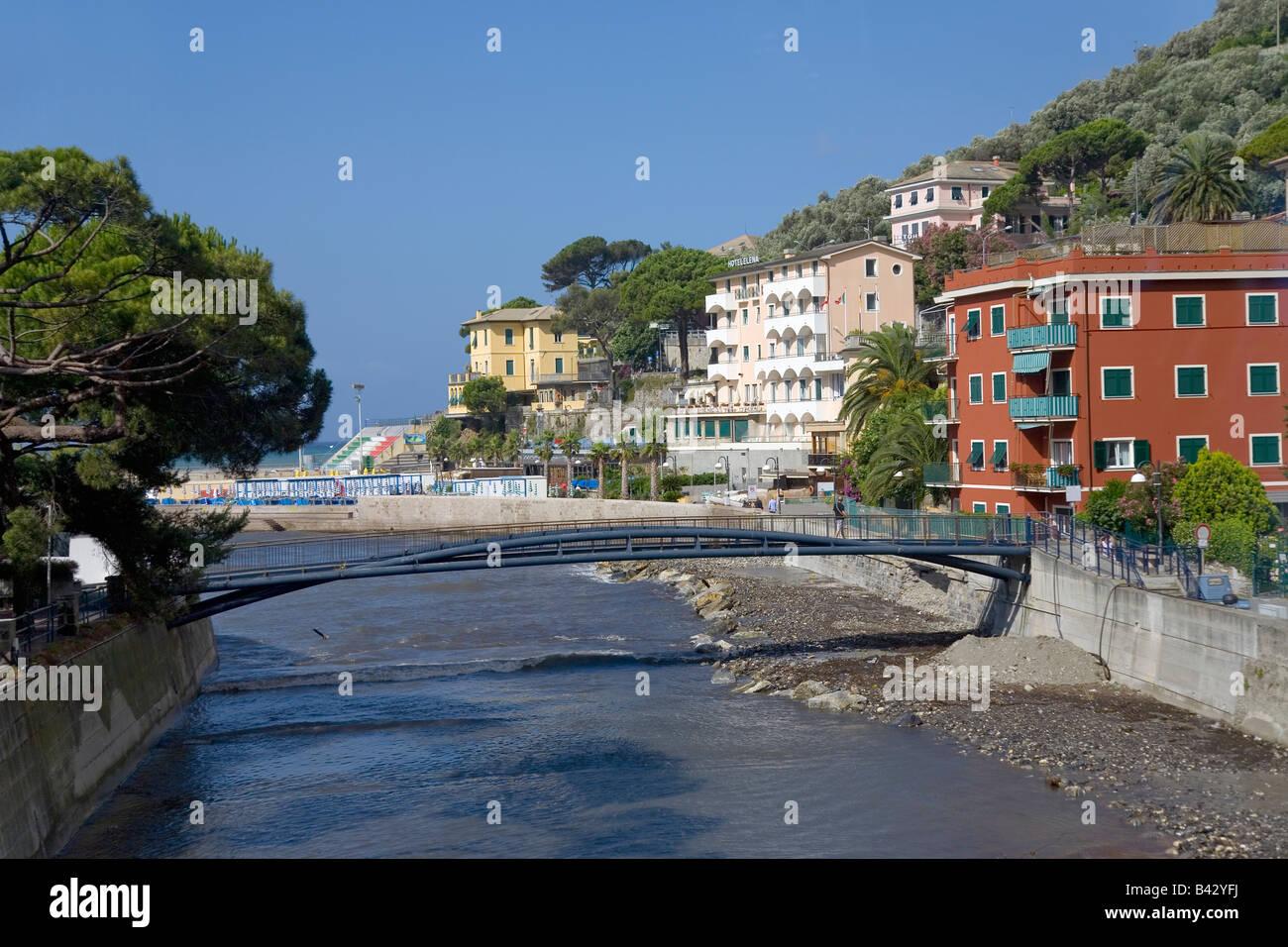Italian seaside communities near Santa Margarita, the Italian Riviera, on the Mediterranean Sea, Italy, Europe - Stock Image