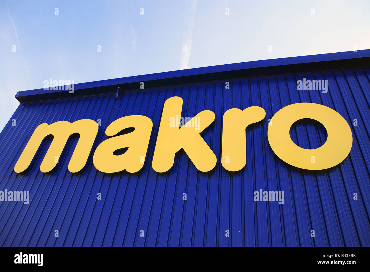 Makro store stock photos makro store stock images alamy united kingdom essex rayleigh makro supertore stock image colourmoves