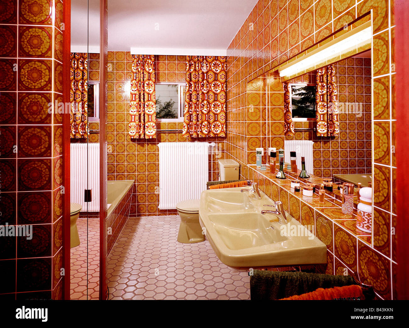 1970s Bathroom High Resolution Stock Photography And Images Alamy