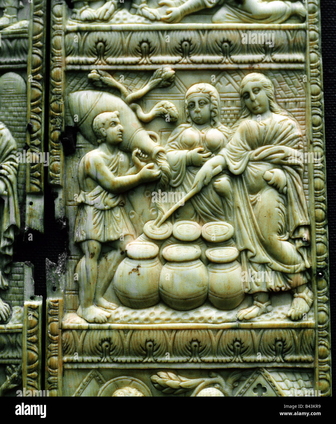 fine arts, Byzantine art, relief, depicting the Wedding at Cana, miracle, water to wine, ivory, altar, detail, 5th - Stock Image
