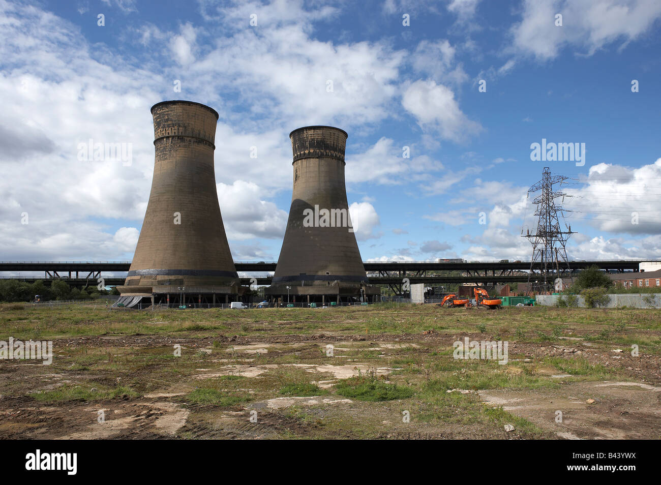 TINSLEY COOLING TOWERS SHEFFIELD YORKSHIRE ENGLAND UNITED KINGDOM UK - Stock Image