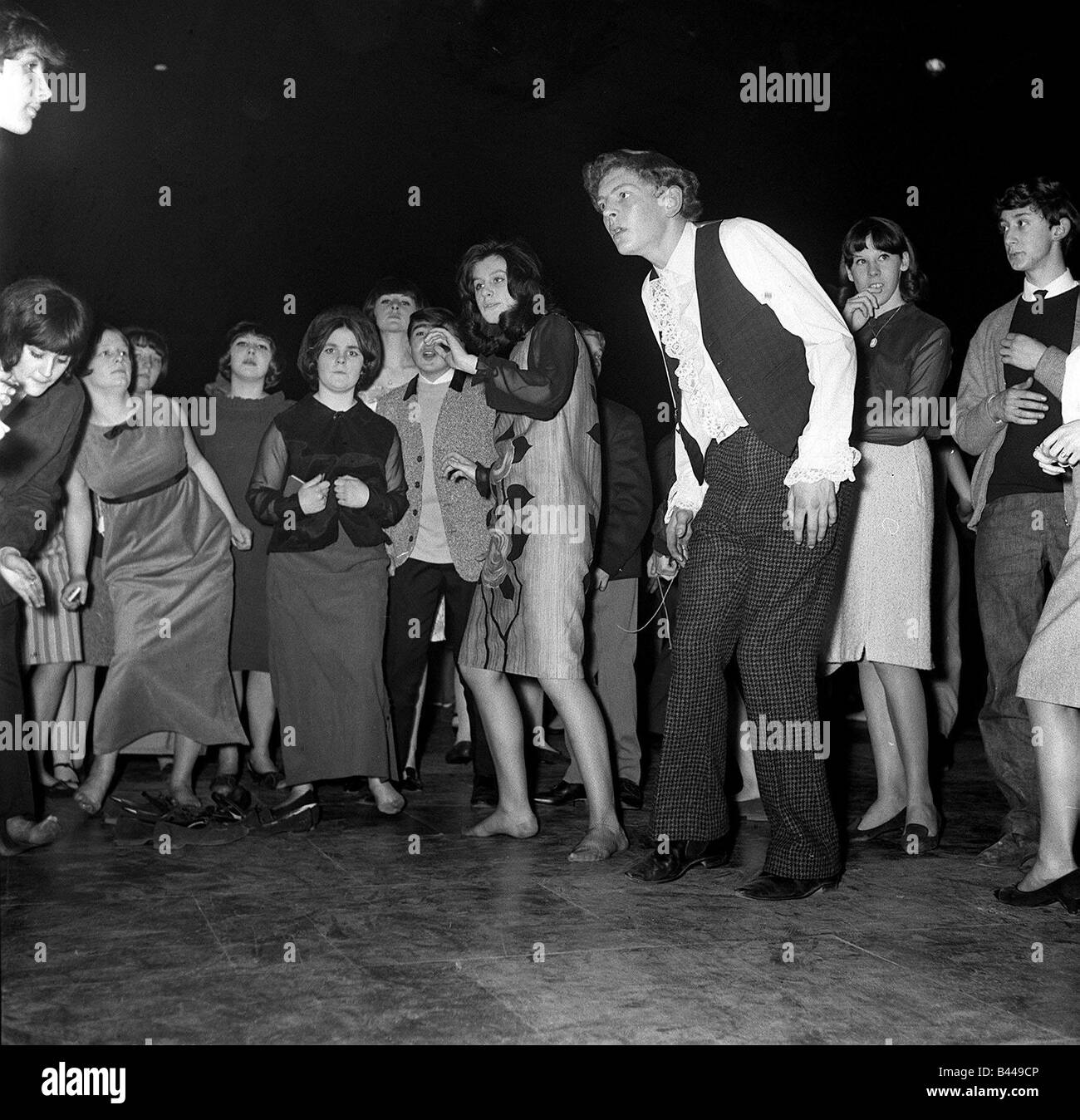 Mods Dancing at the Mod Ball in Wembley s Empire Pool 1964 Stock