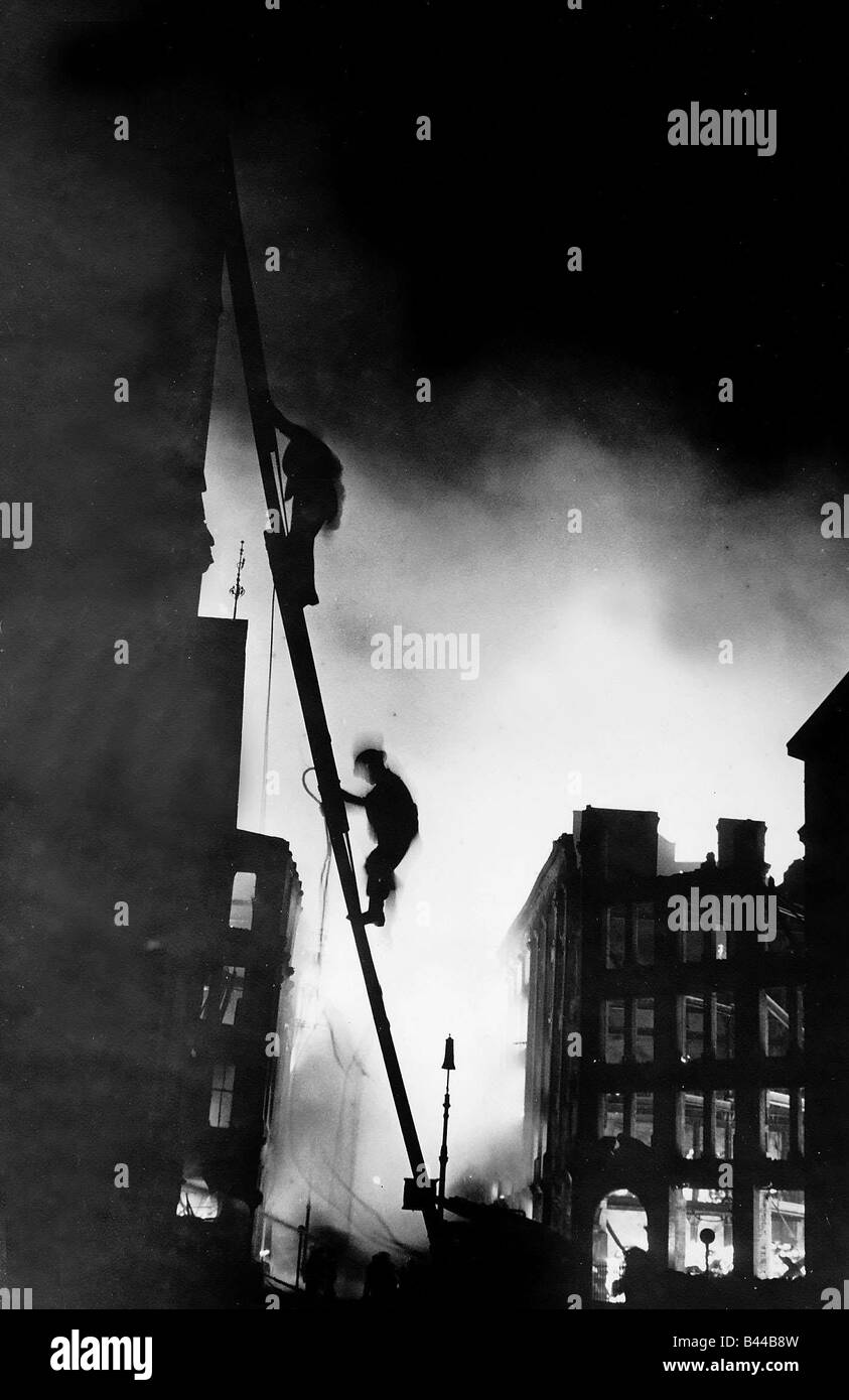firemen at work during blitz on london ww2 stock photo 19765673 alamy