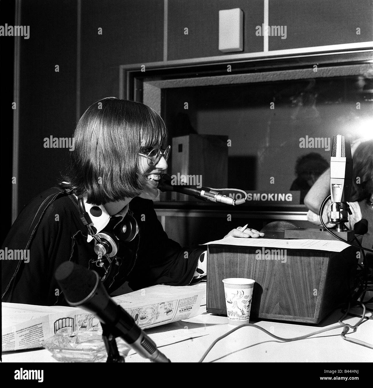Janet Street Porter reports the news in studio 1973 at London broadcasting studios - Stock Image